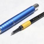 トンボ鉛筆水性ボールペンZOOM505の替芯と鉛筆ホルダーを合体